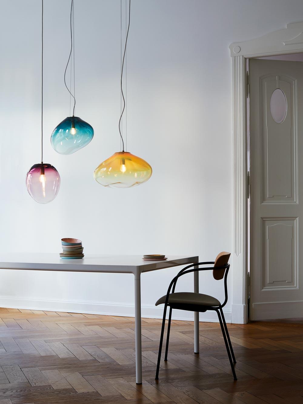 ELOA Designer Hängeleuchte organische Form mundgeblasenes Glas brillantes Kristallglas hochwertige Luxusleuchten einzigartige Modelle