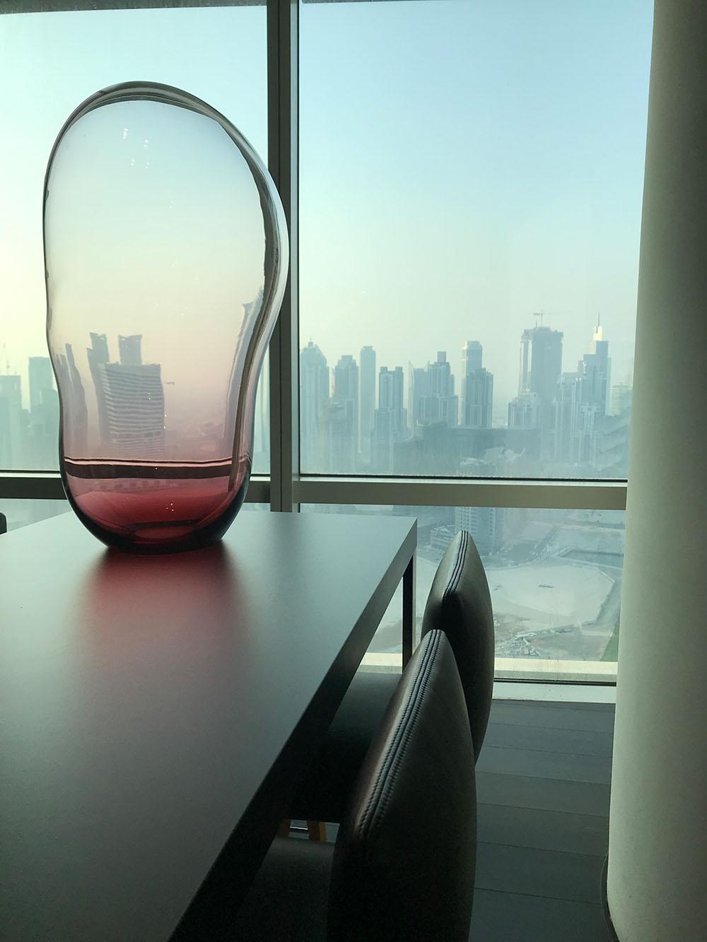 ELOA - Unique Lights Dubai 2019 Showroom Kettnaker