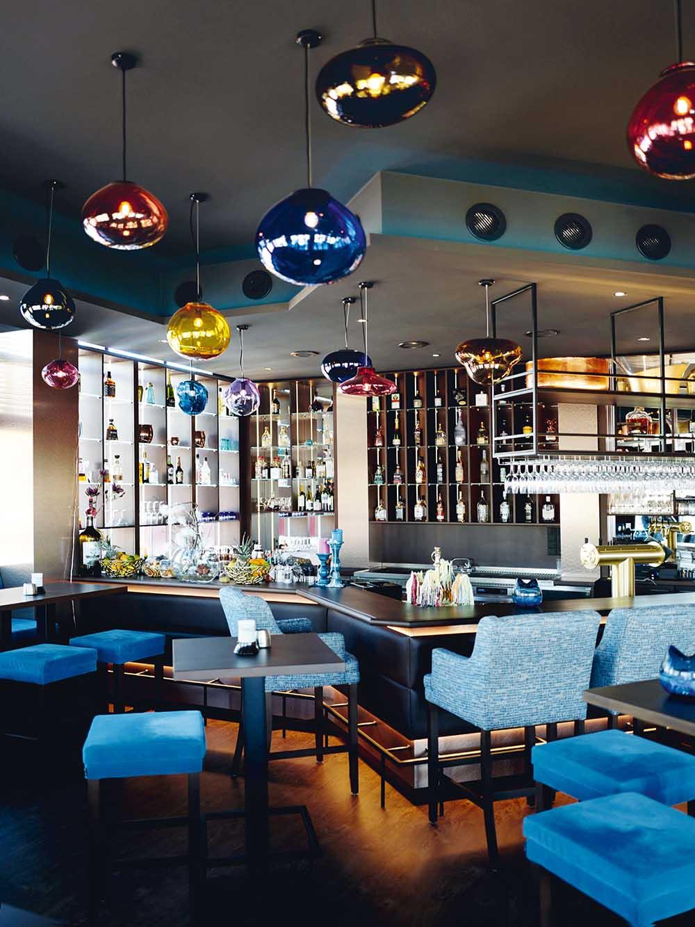 ELOA - Unique Lights Seaside Project_Restaurant&Bar_Seaside_photoby_Esther_Gummig_03_RGB_LR